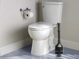 פתיחת סתימה בשירותים
